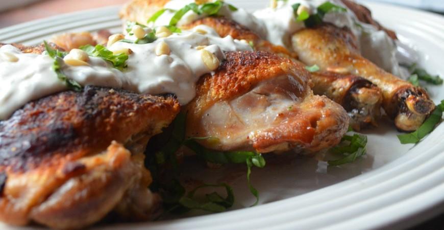 Πικάντικο Κοτόπουλο με γιαούρτι και Κρόκο Κοζάνης